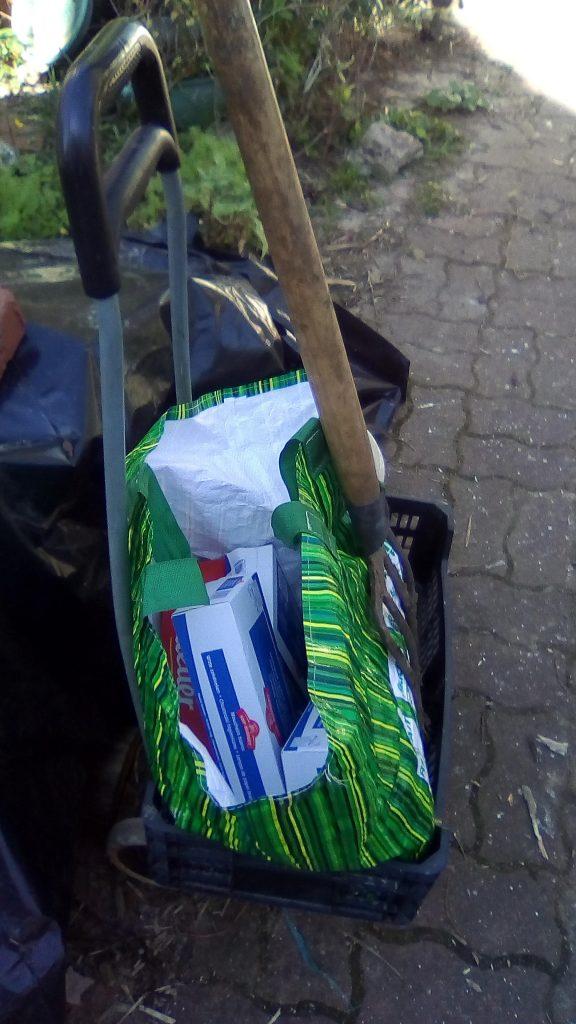 Départ pour brasser le compost